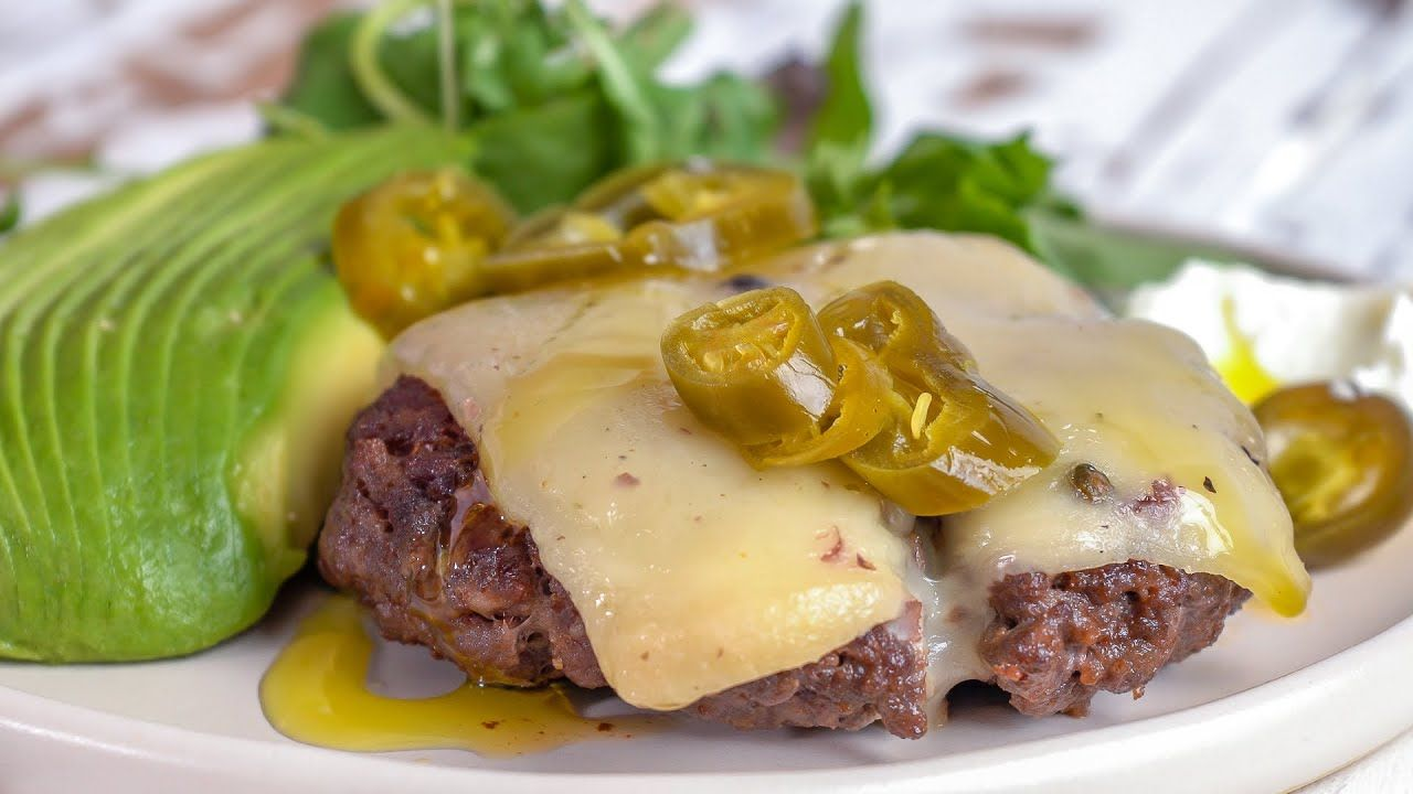 Keto Recipe – Tex-Mex Open-Faced Burger