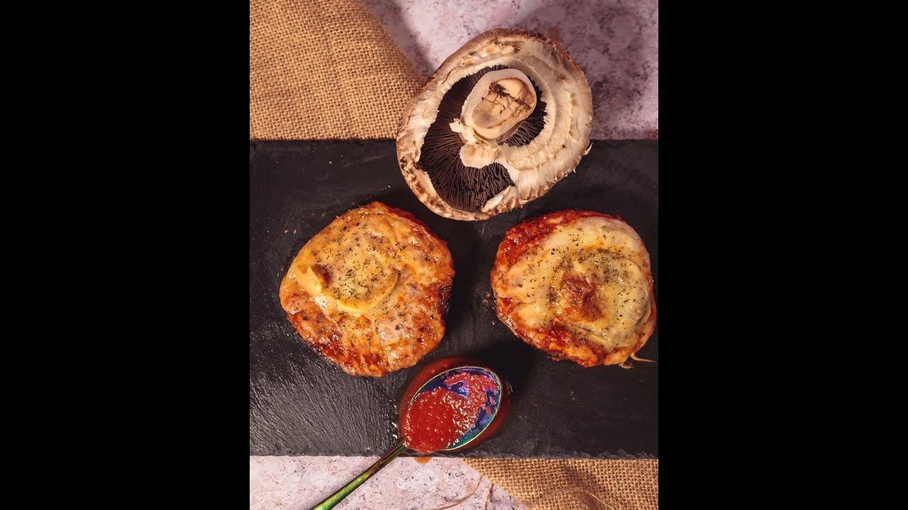 Pizza Stuffed Portobello mushrooms KETO (Full recipe in desc)