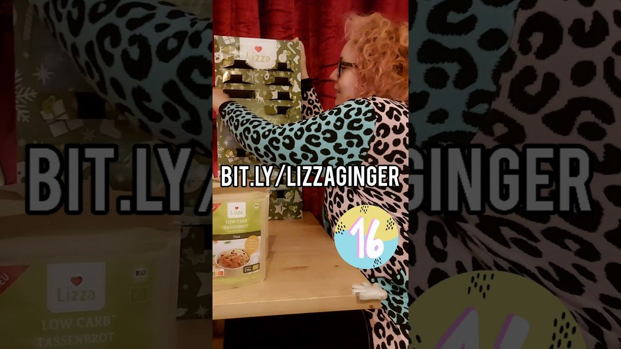 DAY SIXTEEN lizza low carb Advent Calendar opening #shorts