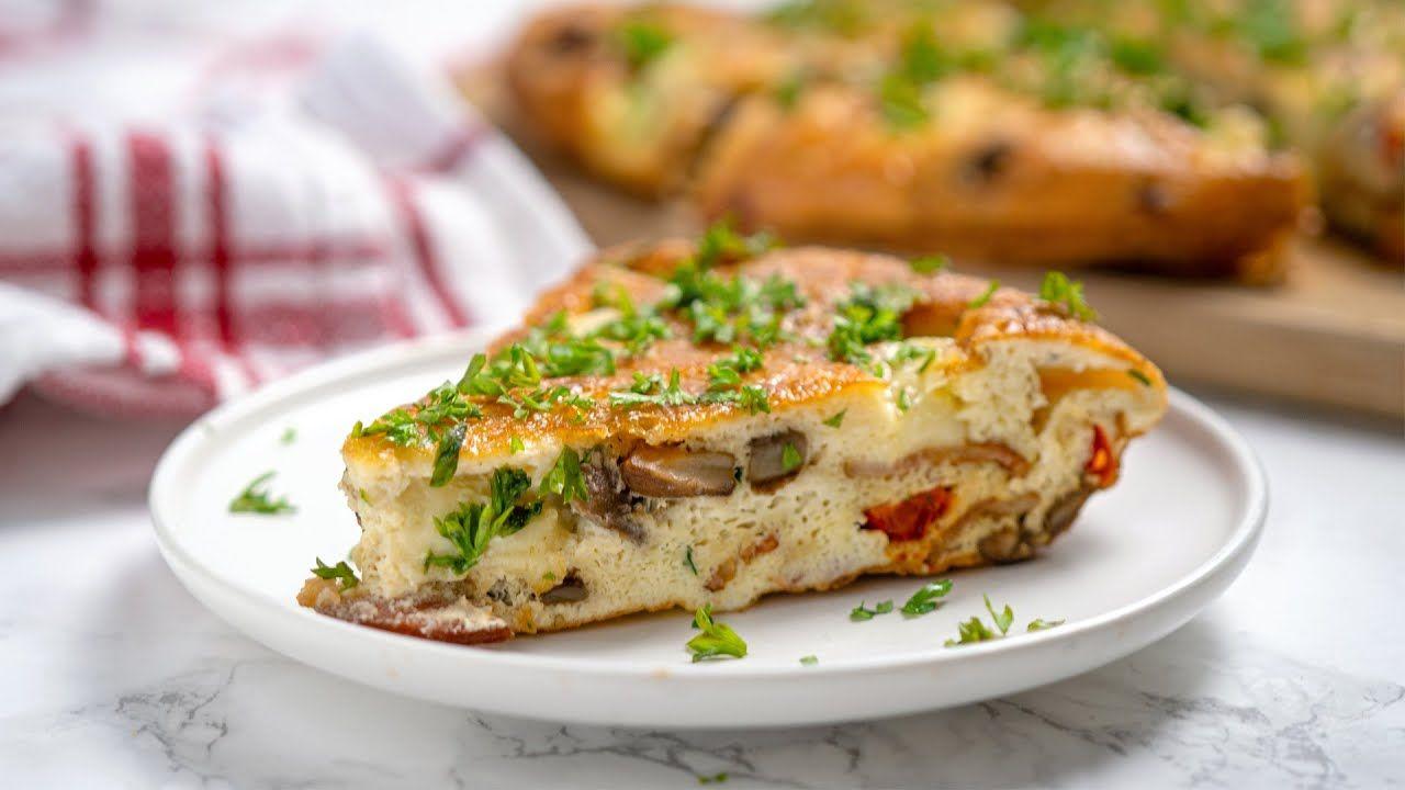 Keto Recipe – Bacon, Red Pepper, and Mozzarella Frittata