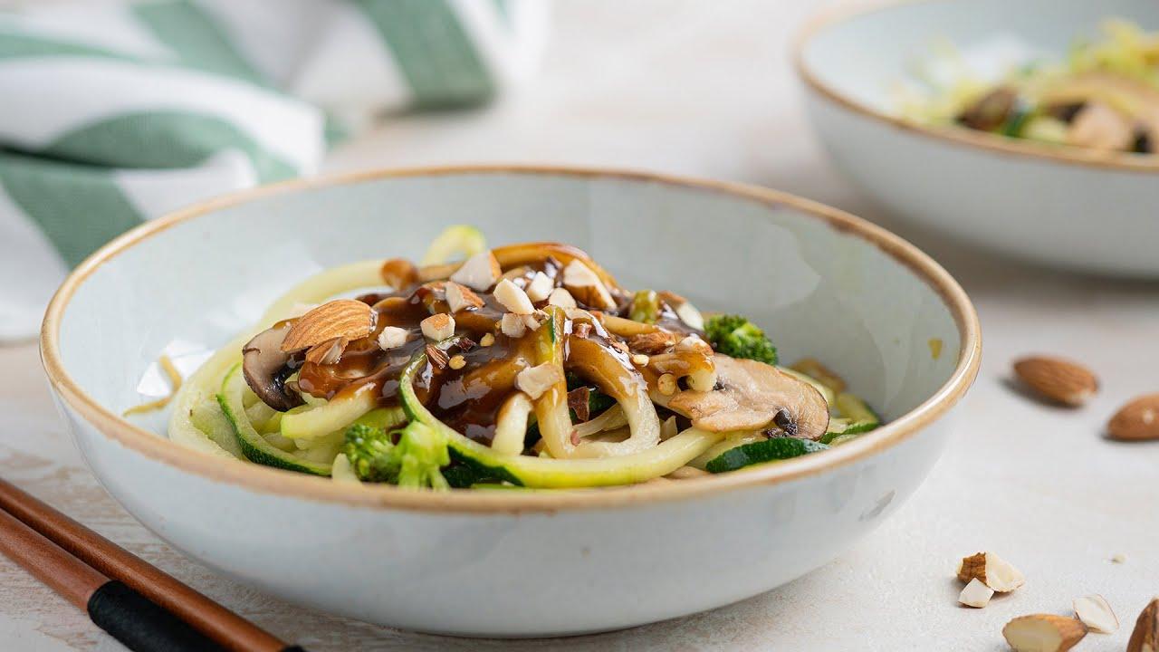 Keto Recipe – Sesame Almond Zoodle Bowl