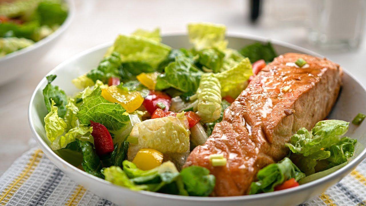 Keto Recipe – Sesame Salmon Salad