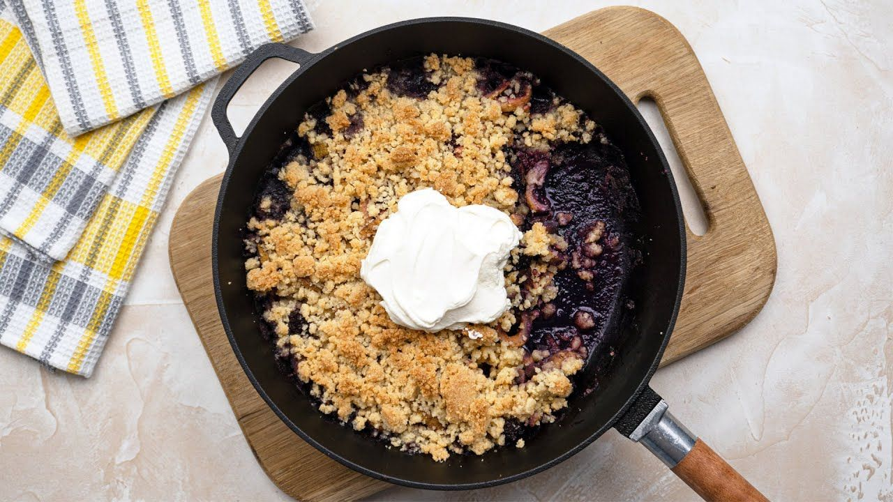 Keto Blackberry and Zucchini Crumble Recipe