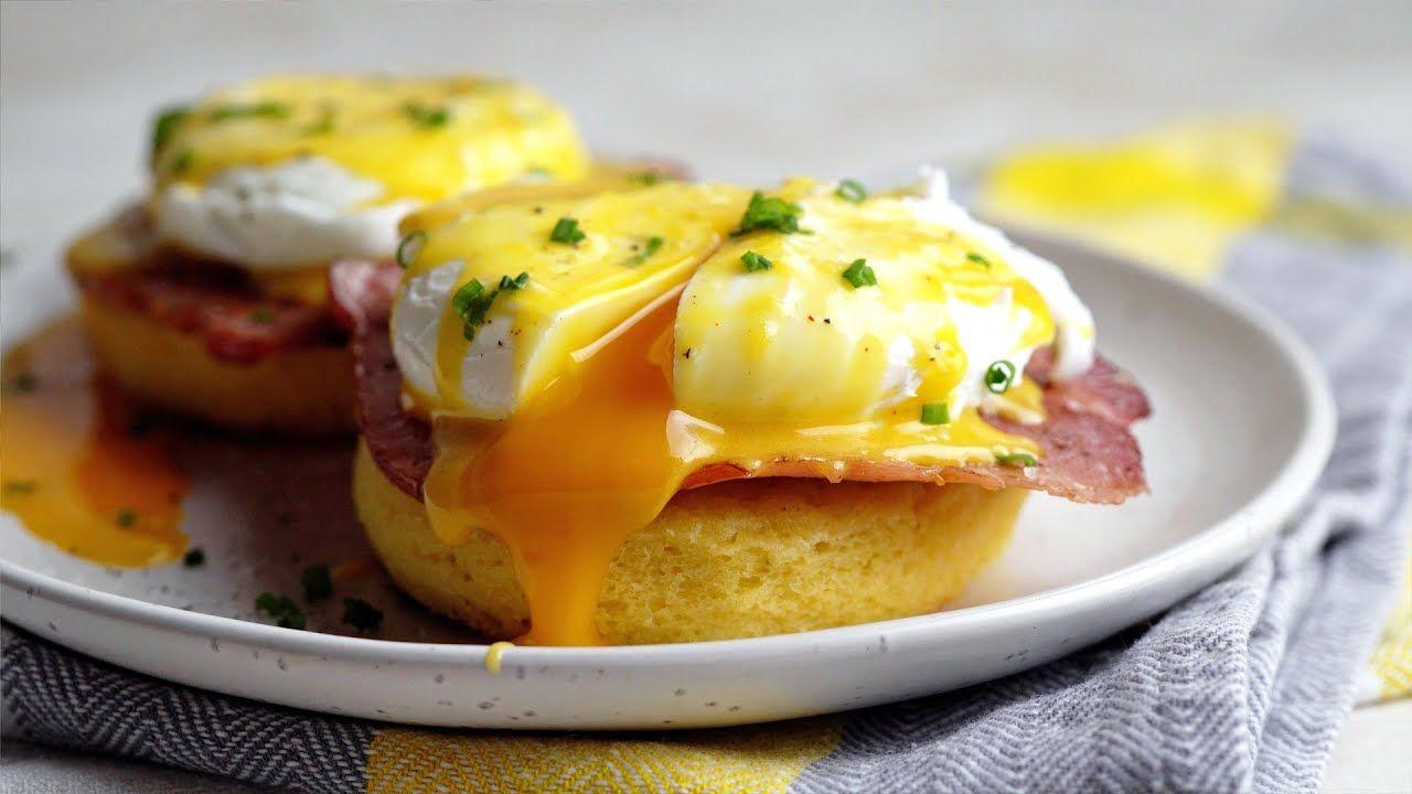 Keto Eggs Benedict Recipe [with 90 Second Mug Bread]