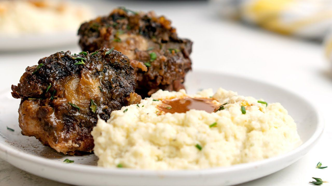 Keto Slow Cooker Braised Oxtails Recipe